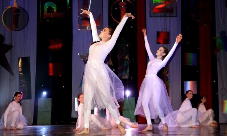 Юбилейный концерт образцового шоу-балета «Киплинг»